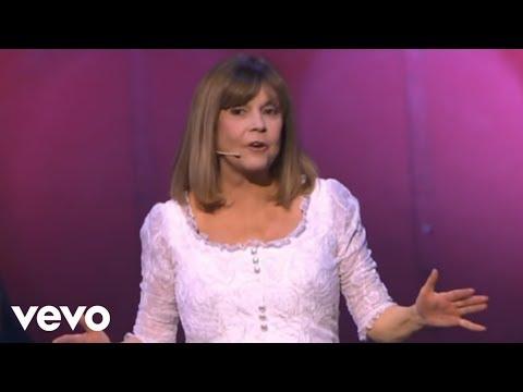 Chantal Goya - Bécassine (Live au Palais des Congrès de Paris 2009)