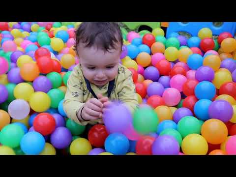 FIRST DAY OF DAYCARE, Sami Pretend Play, les boys tv
