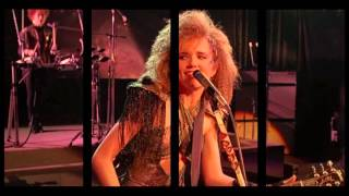 Lea Thompson & The Cherry Bombs feat. Thomas Dolby - Howard The Duck