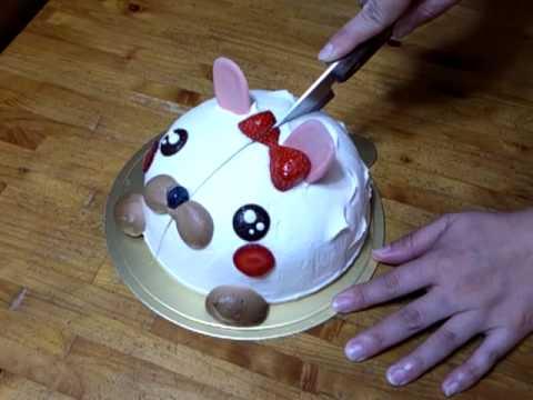 デコレーションケーキをキレイにカットする方法①