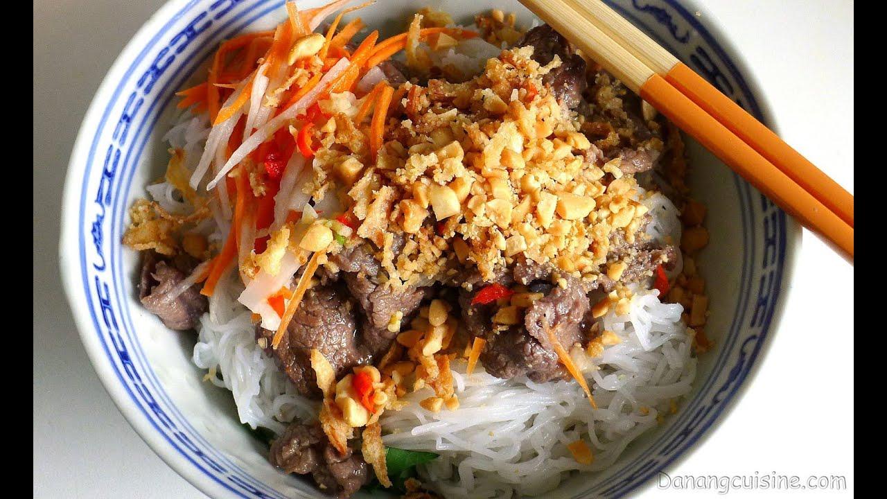 Vietnamese Beef Noodle Salad (Bun Bo Nam Bo / Bun Bo Xao) - YouTube