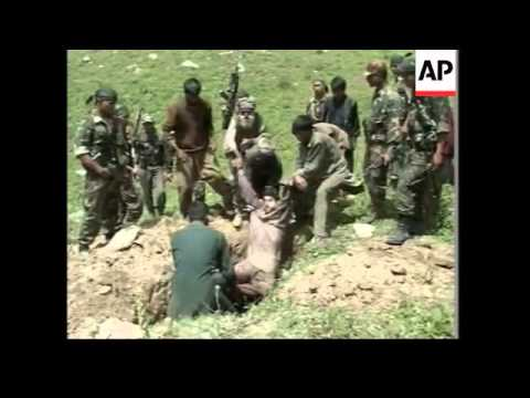Indian army says it killed 12 rebels on Kashmir border - 2002