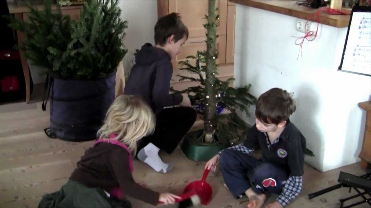 tipps from the kids weihnachtsbaum abbauen bye bye xmas tree youtube. Black Bedroom Furniture Sets. Home Design Ideas