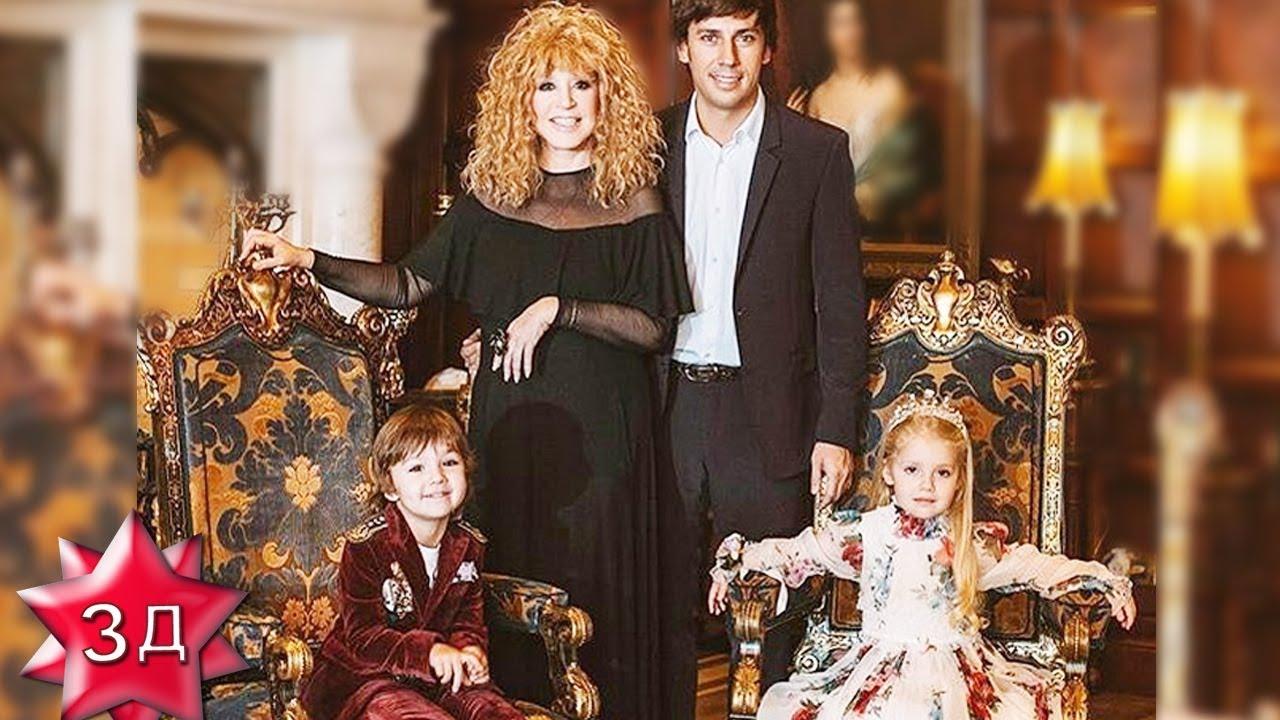 пугачева и галкин с детьми фото том что остановился
