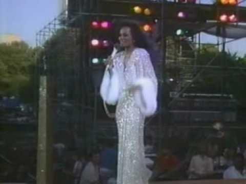 Diana Ross Central Park Aint No Mountain High Enough YouTube