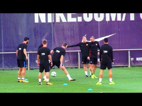 Iniesta Nutmegs Pique + Amazing Rondo by FC Barcelona