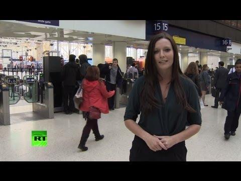 Смотреть Белые британцы бегут из Лондона онлайн
