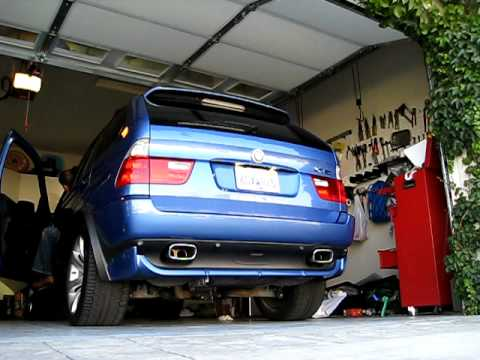 2004 X5 4.8is X-pipe - YouTube