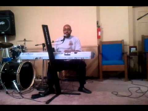 Pastor Roderic Lewis singing You Dont Know