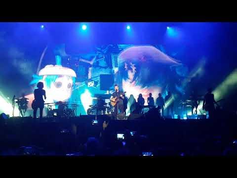 Gorillaz - On Melancholy Hill (live) Uruguay