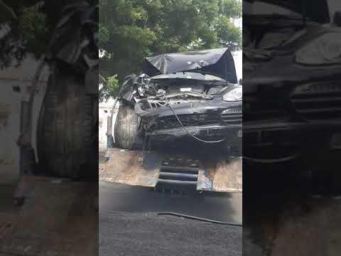 Porsche post accident in karachi DHA