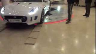Подиум для автомобиля Jaguar(Изготовление рекламных конструкций Рекламные конструкции -- это общее названия средств рекламы, подразуме..., 2014-02-26T14:15:14.000Z)