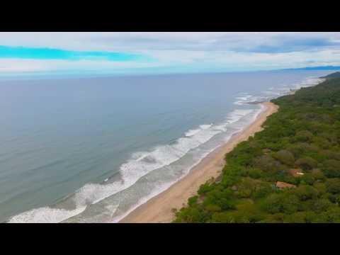 Surfer riding Wave in Santa Teresa (Costa Rica) & Aerial Drone Shot [Vitali Films]