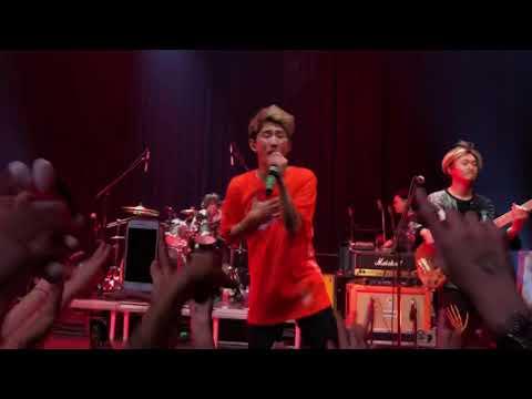 ONE OK ROCK - Stand Out Fit In/Kanzen Kankaku Dreamer Live @ TivoliVredenburg Utrecht 10/12/2018