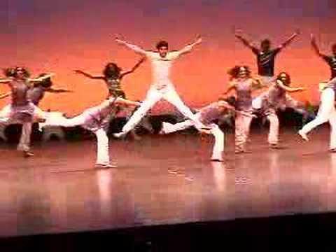 UC Berkeley Aao Na at Bollywood Berkeley 2005