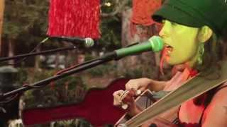 "Felicity Lawless - ""Cowboy Cameraman"" - Summertime Sessions In The Village"