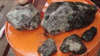WHAT's INSIDE?  Acid bath & smashing rocks for crystals