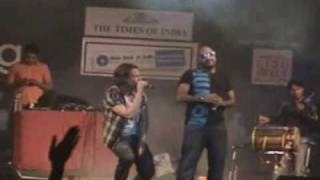 Ari Ari by Bombay Rockers live at Guwahati.mp4