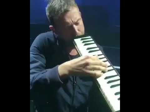 Damon Albarn play the melodica Tomorrow comes today