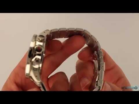 WatchO.co.uk - Casio Edifice Bluetooth Solar Chronograph Watch ECB-500D-1AER   Unboxing U0026 Close Look