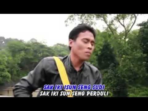 The original song Banyuwangi - FARUD - Tatune Ati