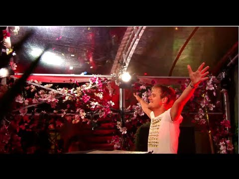 Armin van Buuren live at Tomorrowland 2013