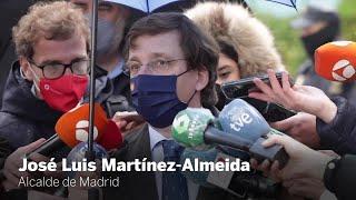 Almeida acompaña a Sánchez al hospital de La Paz sin estar invitado