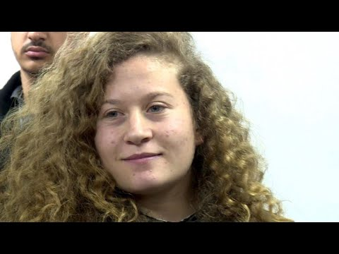 Sie schlug Soldaten: 17-jährige Palästinenserin muss in Haft