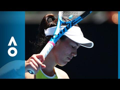 Garbine Muguruza's close call with a line umpire | Australian Open 2018