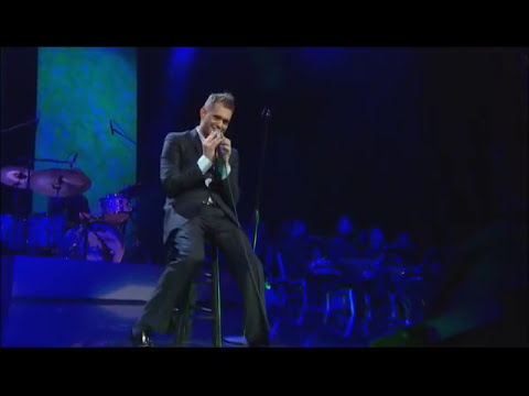 Michael Bublé - Me & Mrs. Jones at Madison Square Garden [Live]