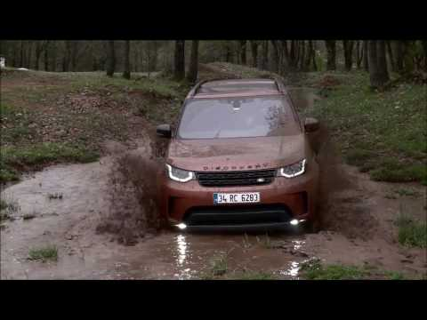 LAND ROVER DISCOVERY 5  ***EXTREME OFFROADING*** Full Stock
