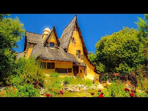 A Walk Around The Beverly Hills Witch's House, aka The Spadena Home