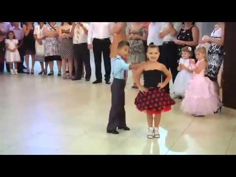 cặp đôi nhí khiêu vũ đẳng cấp
