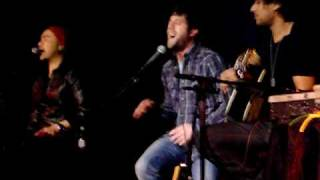 Watch Elliott Yamin Let Love Be video