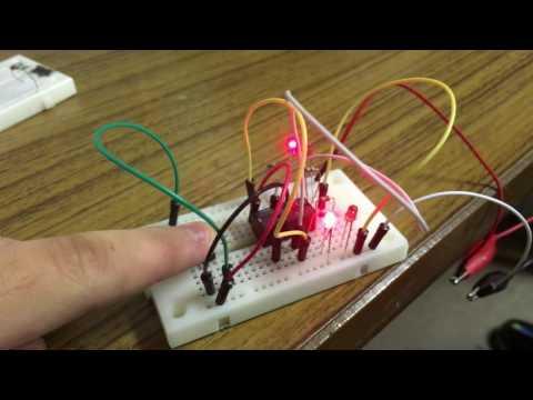 スイッチ付きリレー回路