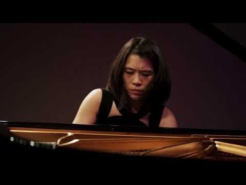 Ching-Yun Hu performs Rachmaninoff Etude-Tableaux, Op. 39, No. 9