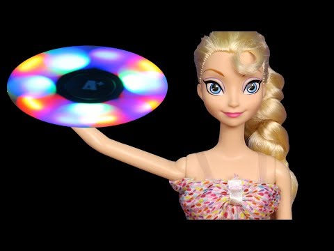 Thumbnail: Glow in the Dark Spinners ! Elsa & Anna toddlers - Little Elsa breaks Glowing Light Fidget Spinner