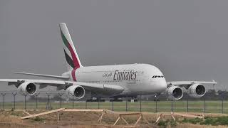 A380 take-off GREAT engine SOUND!