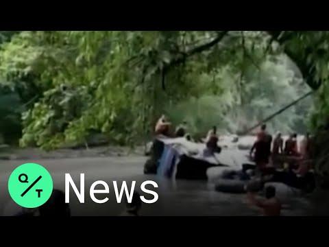 印尼巴士栽河谷 至少25死14伤