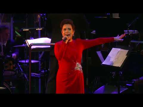 Lea Salonga Sings Defying Gravity at the Sydney Opera House