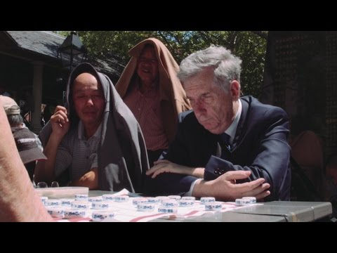 Sam Sloan plays Chinese Chess in Chinatown, NYC