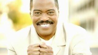 Soul singer Cuba Gooding Sr., 72, found dead inside car in Woodland Hills