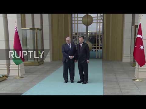 Turkey: Erdogan greets Lukashenko of Belarus in Ankara