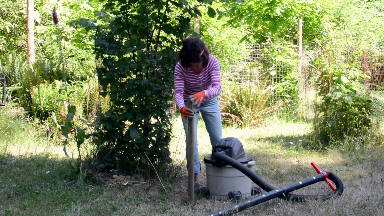 Hole Digging Tool Made Easy With Hole Vac In Tight Spaces