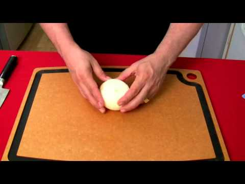 Quick Tip - How To Dice An Onion