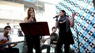 Price Tag - Cover by นุ้ย The Peach Band ft. Mariam B5 and T-Six