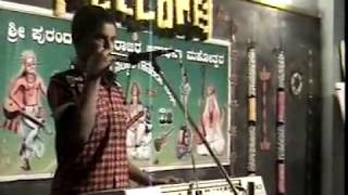 hoskote PRANAV S PLAYING MOUTH ORGAN & KEYBOARD.MPG