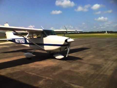 1963 Cessna 172 Start