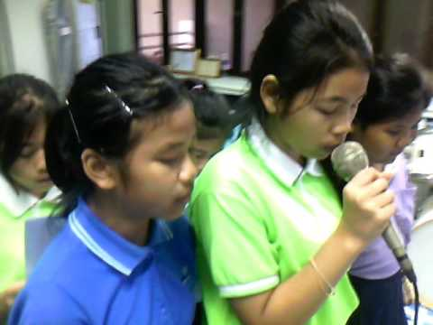 ซอมบี้  วงดนตรีสากลโรงเรียนนาคนาวาอุปถัมภ์
