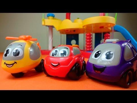 Видео для детей: Веселые Машинки  строят гараж: Игрушки для детей: Мультик с игрушками